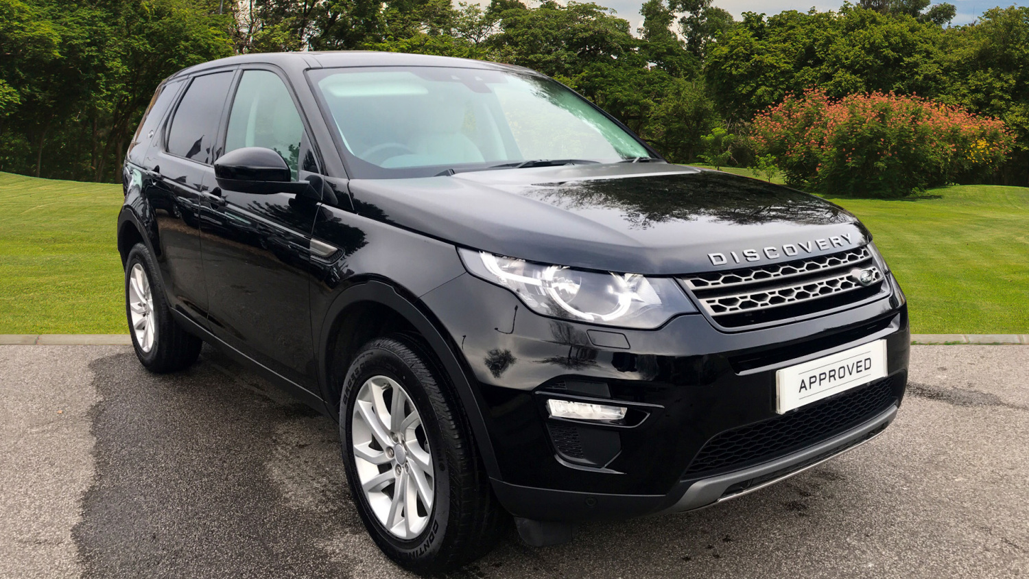 used land rover discovery sport 2 0 td4 180 se tech 5dr diesel station wagon for sale vertu toyota. Black Bedroom Furniture Sets. Home Design Ideas