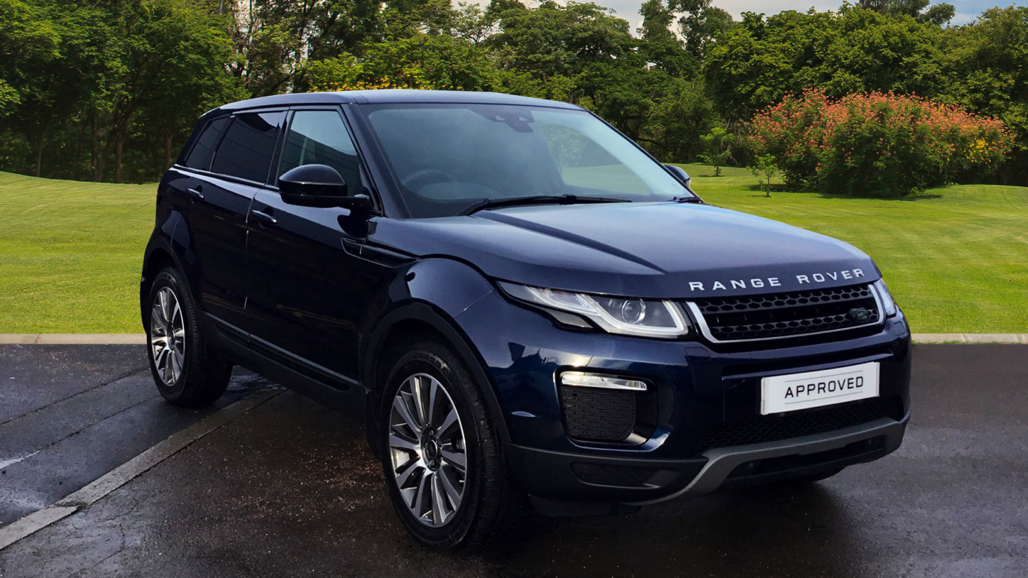 used land rover range rover evoque 2 0 ed4 se tech 5dr 2wd diesel hatchback for sale vertu toyota. Black Bedroom Furniture Sets. Home Design Ideas