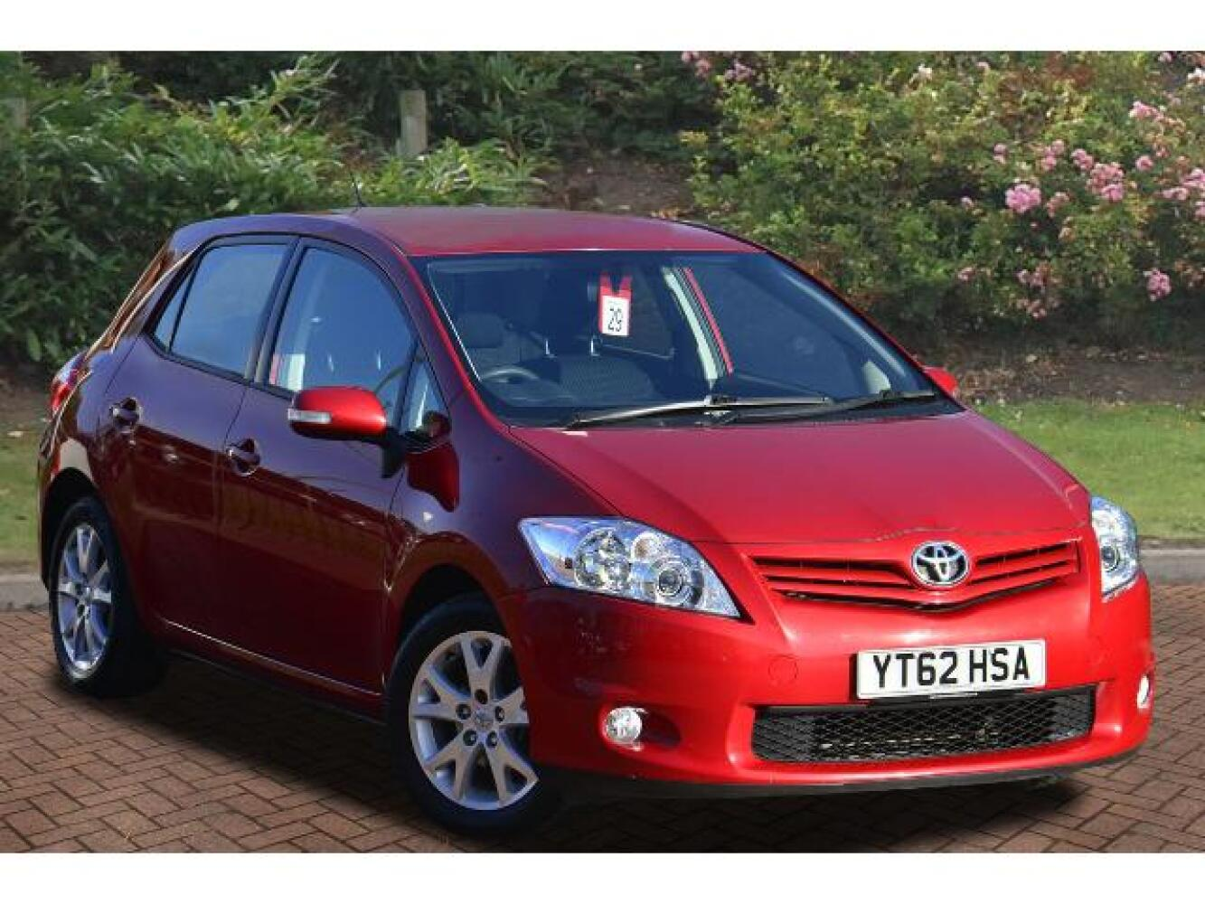 used toyota auris 1 6 v matic colour collection 5dr petrol hatchback for sale vertu toyota. Black Bedroom Furniture Sets. Home Design Ideas